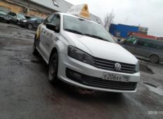 Аренда Volkswagen Polo 2015 в Санкт-Петербурге