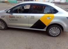 Аренда Volkswagen Polo 2014 в Томске