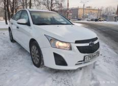 Аренда Chevrolet Cruze 2014 в Санкт-Петербурге